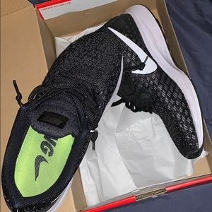 Nike Shoes - Pegasus 35